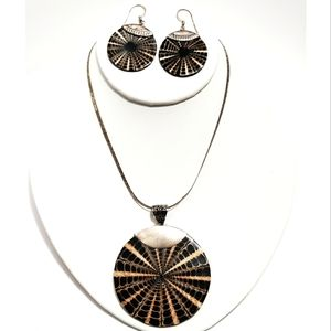 Vintage Shell Sterling Silver Necklace & Earrings